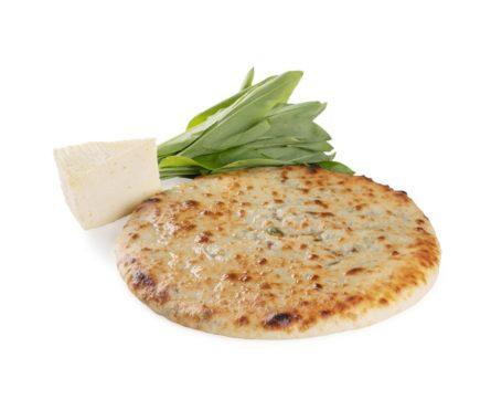 Осетинский пирог с черемшой и сыром